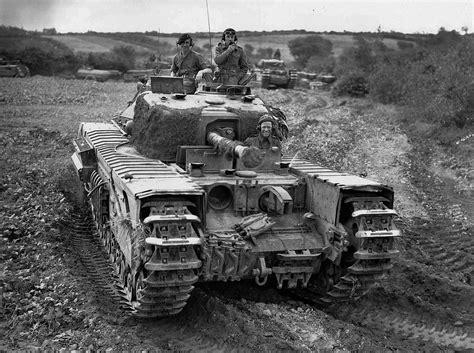 ww2 military vehicles churchill tank ww2 jpg 1 200 215 896 pixels tanks