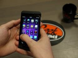 reset blackberry when it wont turn on how to restore your blackberry z10 when it won t turn on