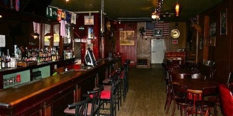Top Dive Bars by These Are The 33 Best Dive Bars In America Huffpost