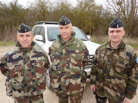 treillis gendarmerie les gendarmes mobiles s entra 238 nent pour la rca 55 sont
