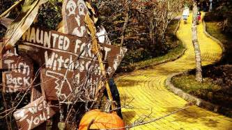 land of oz theme park land of oz theme park in nc opening for limited time