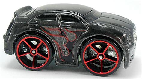 Chrysler 300c Black Colour Tooned Model Hotwheels hotwheels chrysler 300c grey daftar update harga terbaru