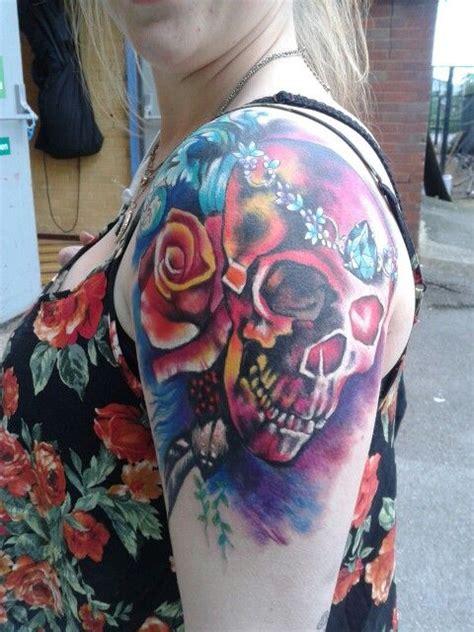 new tattoo very swollen new tattoo so swollen tattoo pinterest