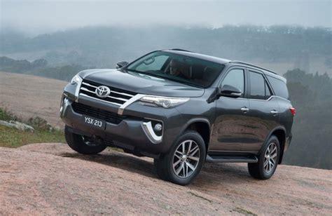 Toyota 4runner Vs Toyota Fortuner All New Toyota Fortuner Vs Ford Endeavour Vs Chevrolet