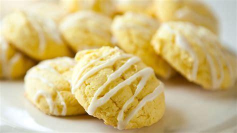 Biskuit Lemon Pubb With Lemon Flavoured lemon cake mix cookies recipe bettycrocker