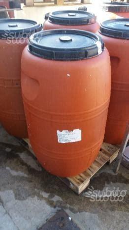 bidoni plastica per alimenti fusti bidoni per alimenti 200 litri posot class