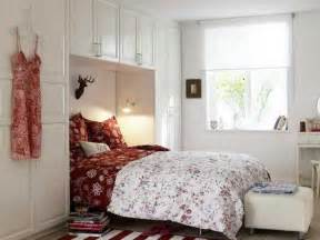 Small Bedroom Design by 33 Small Bedroom Designs That Create Beautiful Small