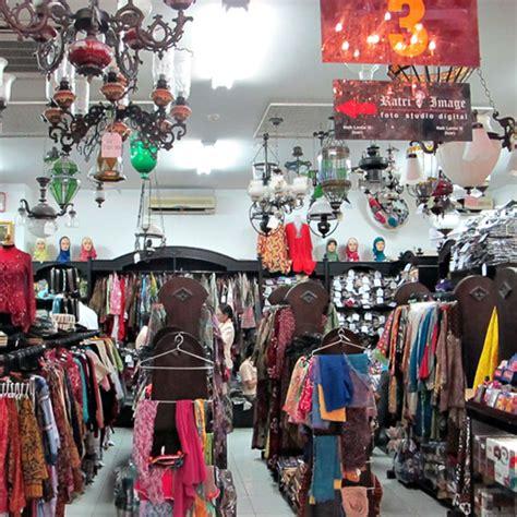 Baju Batik Mirota mirota batik malioboro pesona di jantung jogja