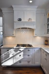 Under Cabinet Kitchen Hood by 25 Best Ideas About Vent Hood On Pinterest Range Hoods