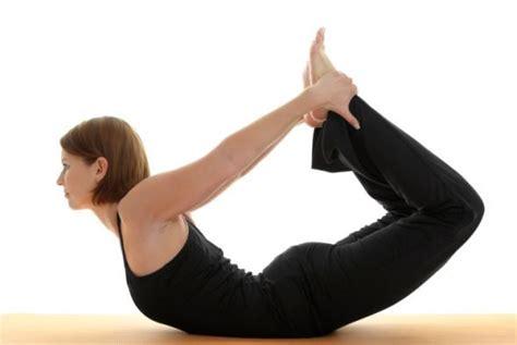 imágenes de yoga para una persona d 237 a internacional del yoga posiciones banco de