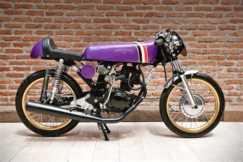 honda cb 125 review 1972 honda cb125 cafe racer motorcycle review and galleries