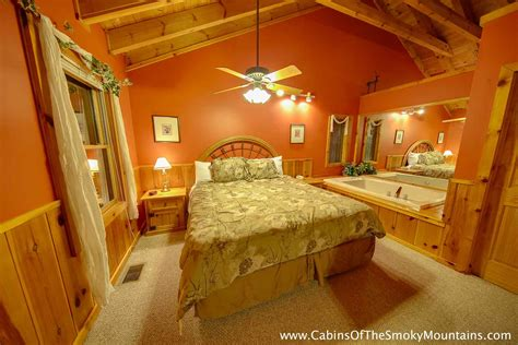 1 bedroom cabin gatlinburg one bedroom cabins in gatlinburg pigeon forge tn