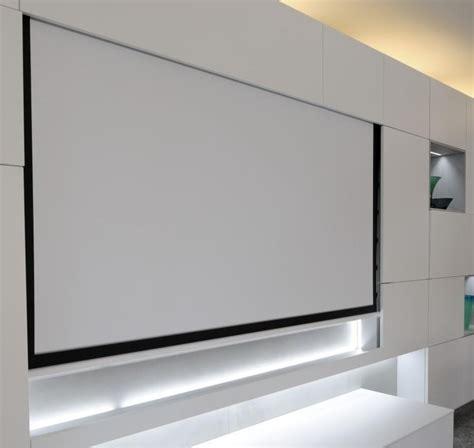 proiettore per casa guida alla scelta di uno schermo per proiettore