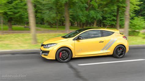 renault megane trophy 2015 renault megane rs 275 trophy review autoevolution