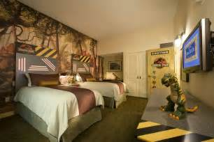 2 Bedroom Suites Near Universal Studios Orlando Book Universal S Loews Royal Pacific Resort Orlando
