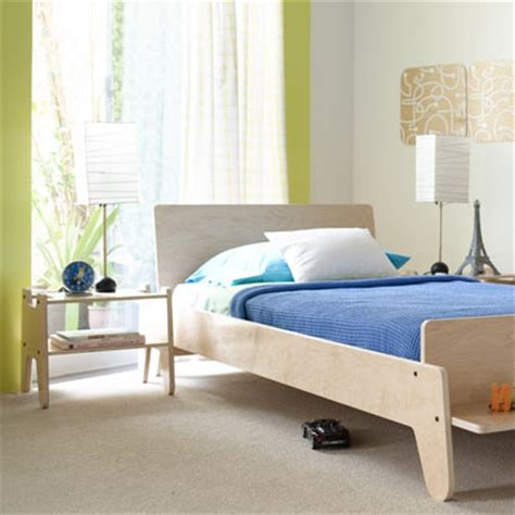 toddler bedroom furniture modern kids furniture and more at moderntots com 13534   nn twin bed 1