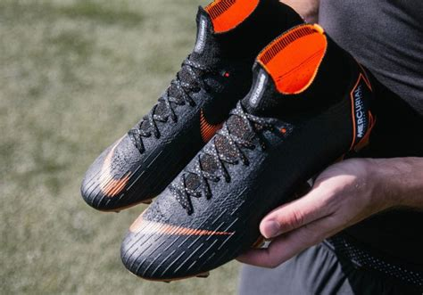 Sepatu Nike Superfly 360 nike mercurial superfly 360 available in stealth mode