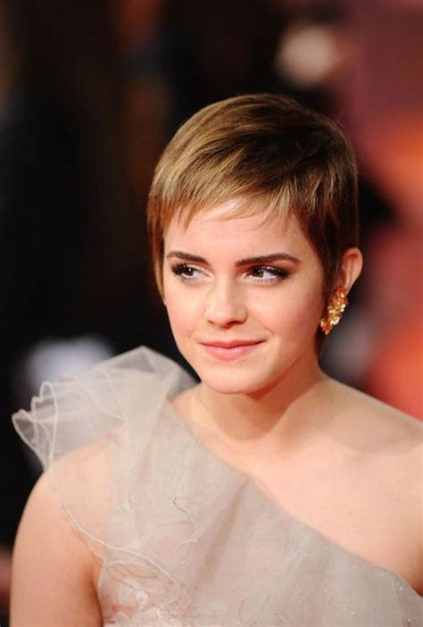 actual short hairstyles for non celebrity fat faces over 50 50 smashing pixie haircut trends for 2017