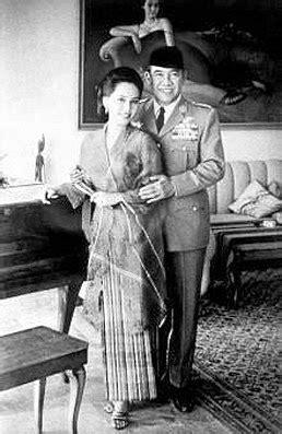 Cinta Hati Istri Istri Sukarno nasionalisme soekarno indonesia kisah cinta soekarno dewi