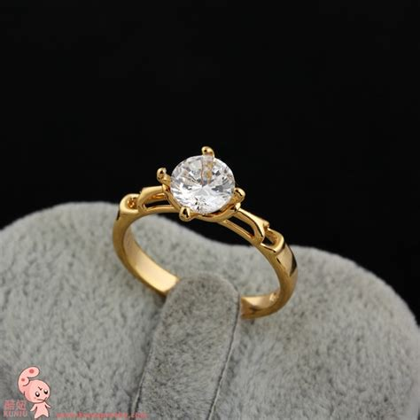 for italina courtship married lady finger ring simulation