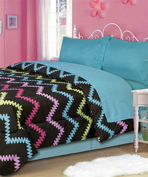 cute girl comforter sets another really cute bedding set for a little girl s room