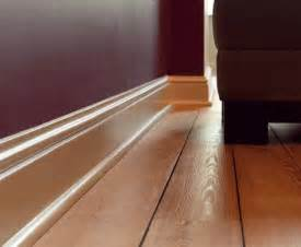 White Wood Cornice Baseboard Durable Baseboard And Quality Baseboard