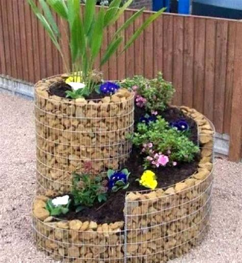 18 Simple Small Rock Garden Designs Small Garden Rockery Ideas