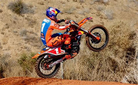 Ktm Cycling Team Ktm S Journey And The 2017 Factory Team Dirt Bike Test