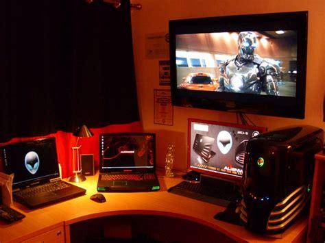 Alienware Living Room Pc 30 Inspiring Workspace Exles Design Tips