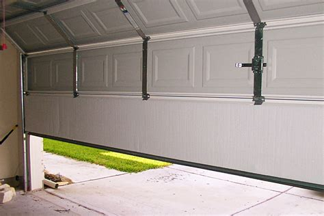 How To Keep A Garage Warm by 3 Steps To Keep Your Garage Warm In The Winter