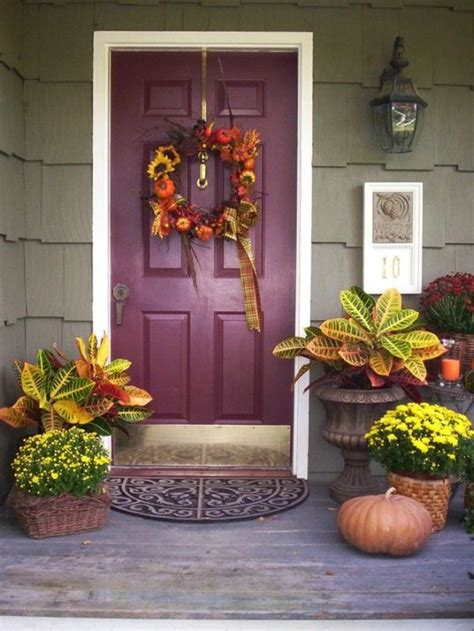 outdoor fall decoration ideas get into the seasonal spirit 15 fall front door d 233 cor ideas