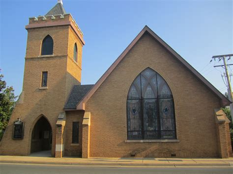 Ordinary Trinity Episcopal Church #2: Trinity_Episcopal_Church,_Manassas,_VA_IMG_4342.JPG