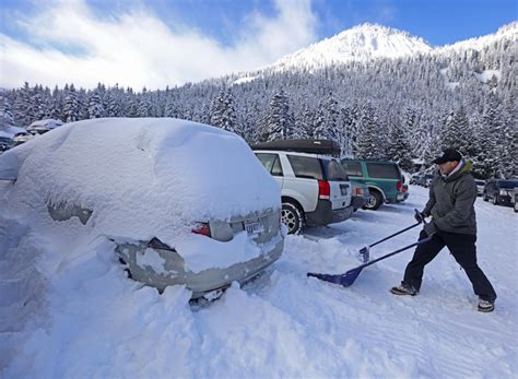 snow in snoqualmie pass reopens after 110 inches of snowfall the seattle times
