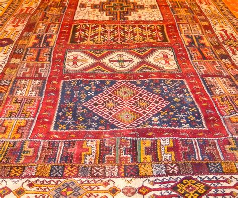 marrakech rug carpets kelims and textiles your morocco tour guide morocco travel
