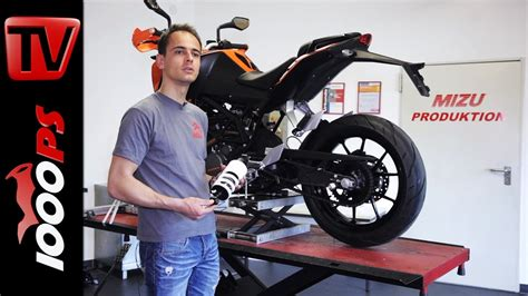 Ktm 1290 Super Duke R Tieferlegen by Video Montagevideo Mizu Hecktieferlegung An Ktm 200 Duke
