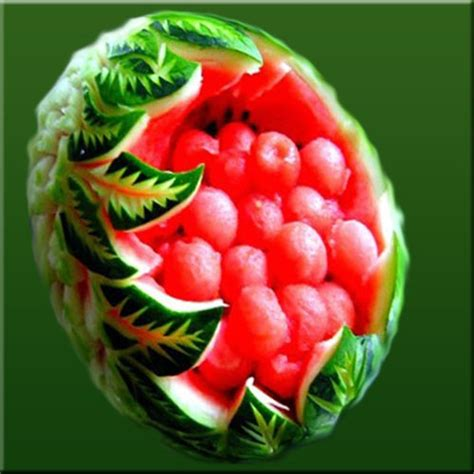 Decorative Watermelon Cutting by 1000 Ideas About Food Carving On Food