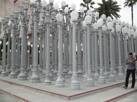 los angeles street lights urban light by chris burden at lacma the worley gig