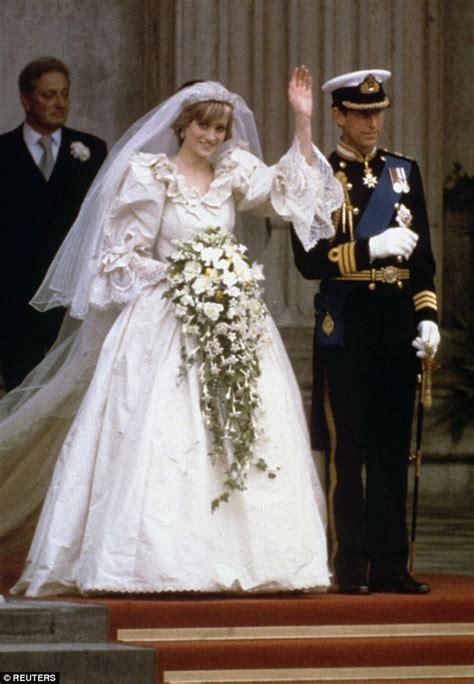Diana Princess Dress princess diana s wedding dress designer reveals what gown