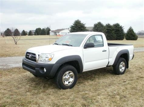 Toyota 2 Model Find Used 2011 Toyota Tacoma Base Standard Cab 2