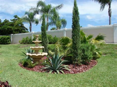palmen im garten pflanzen mediterraner garten ist das ein erreichbares ziel auch in
