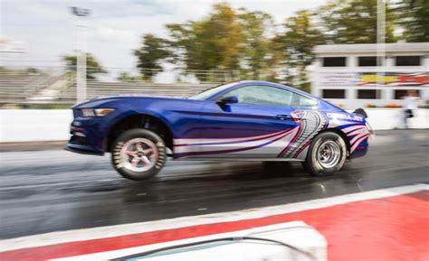 new ford mustang cobra cobra jet la la la la la ford debuts new cobra jet