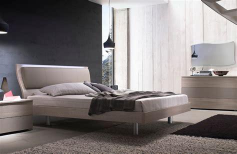 letti matrimoniali moderni in legno letto mod musa moderno in legno matrimoniale con rete a