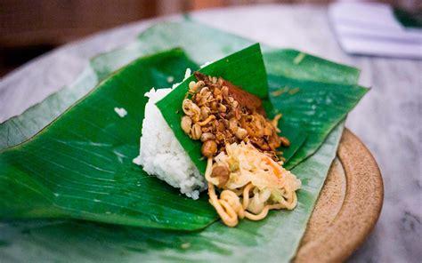 makanan khas bali  wajib  coba bali getaway