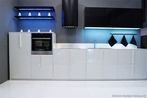 modern monochrome kitchen units designer kitchen units black and white kitchen designs ideas and photos