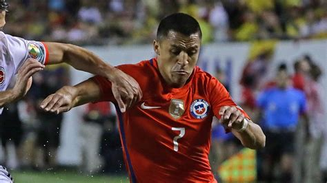 Alexis Sanchez Honors | humber and atom reflect on alexis sanchez s copa honors
