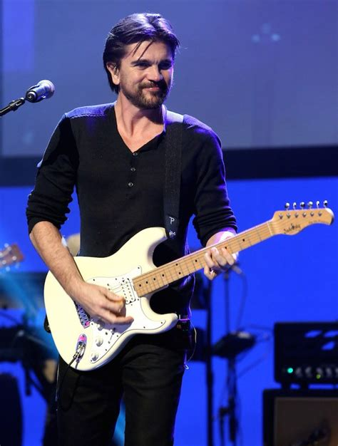 grammys 2015 juanes to perform mcfarland usas track juntos mcfarland usa world premiere opens with performance by