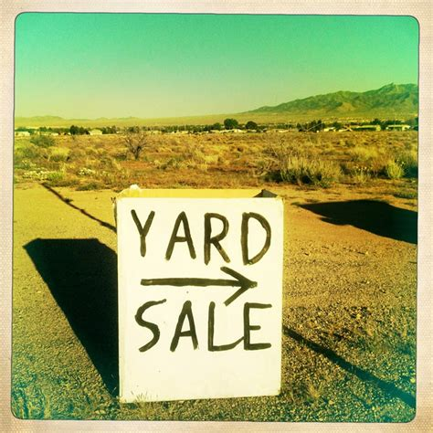 How To Host A Successful Garage Sale by How To A Successful Yard Sale Successful Yard Sale