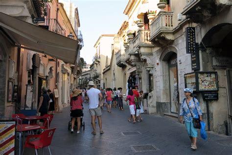 best restaurants in taormina italy top 5 restaurants in taormina