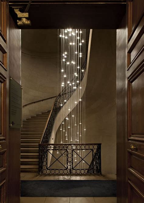Unique Foyer Extravagant Lighting Design Ideal For A Luxurious Foyer