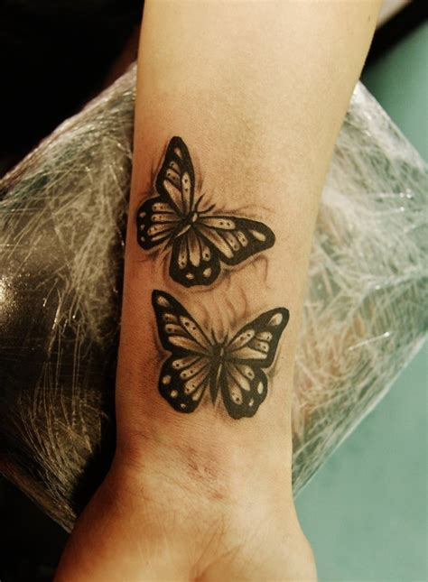 50 wrist tattoo designs and ideas for men and women 2017
